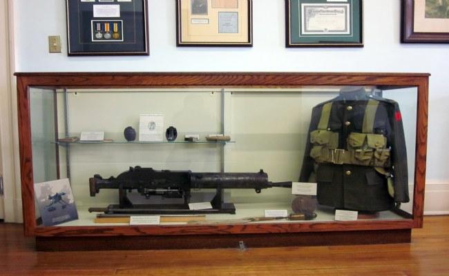 Casa Loam - Queen's Own Rifles Museum