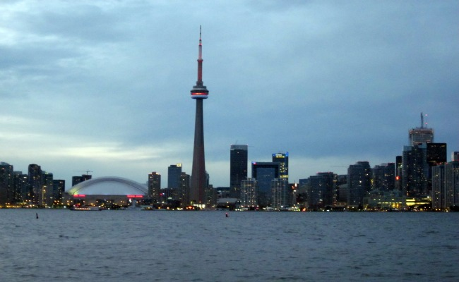 Top Toronto Attractions - CN Tower