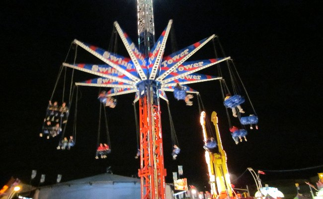 Canadian National Exhibition - Swing Tower