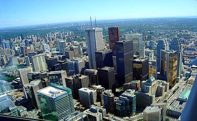 CN Tower - Downtown Toronto view