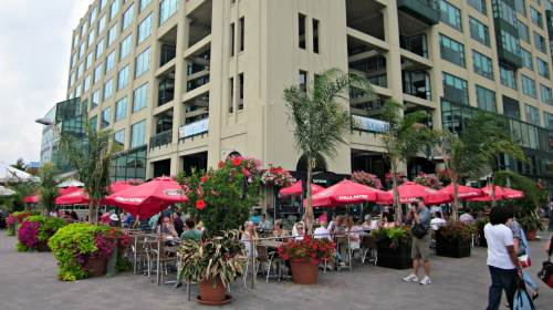Harbourfront Centre - Watermark Irish Pub and Restaurant