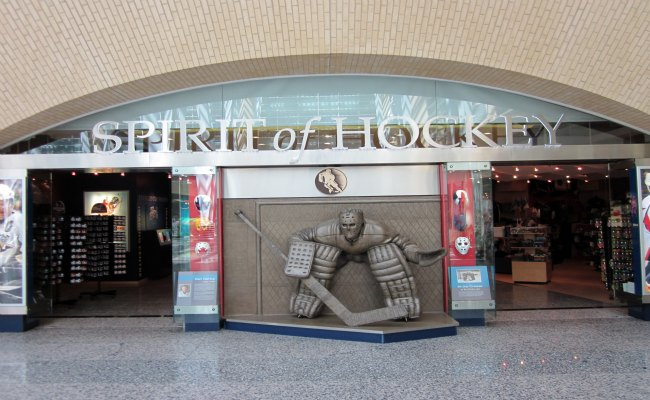 Toronto Hockey Hall Of Fame - Spirit of Hockey Retail Store