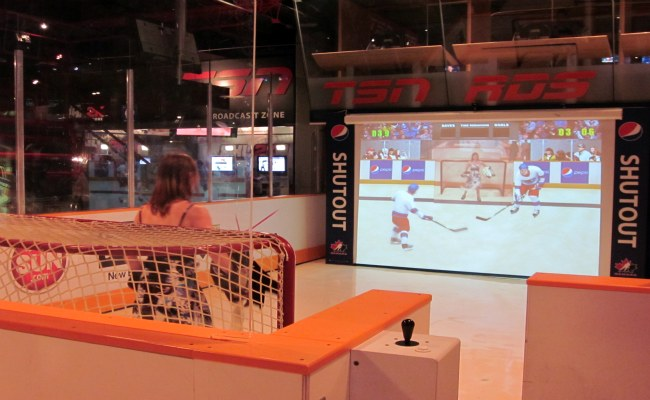 Toronto Hockey Hall Of Fame - NHLPA Be A Player Zone Shut Out Game