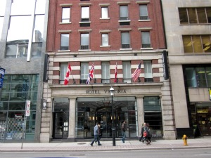Mid-range Hotels In Toronto - Hotel Victoria