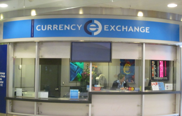 Toronto Airport - Currency Exchange
