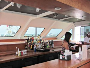 Toronto Dinner Cruises - Drinks Bar