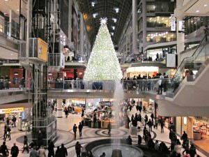 Toronto Weather in December - Eaton Centre