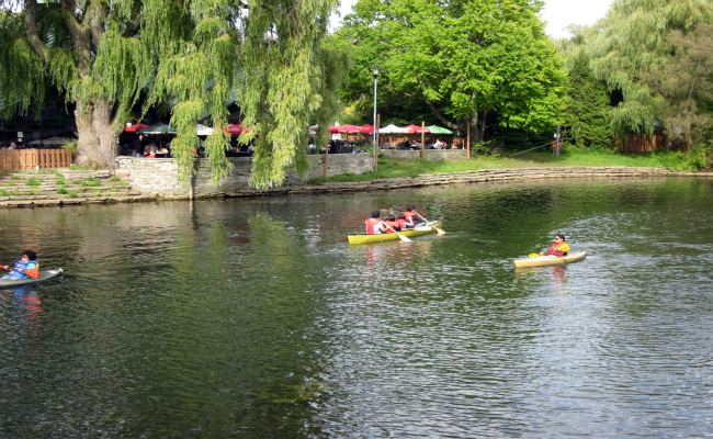 Toronto Islands - Boating at Centre Island