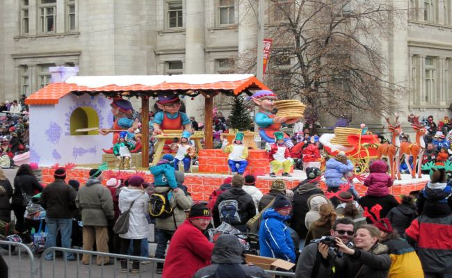 Toronto Santa Claus Parade - Floats